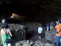洞窟内の住居跡