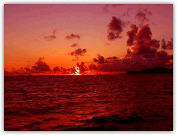 海に沈むセイシェルの夕陽