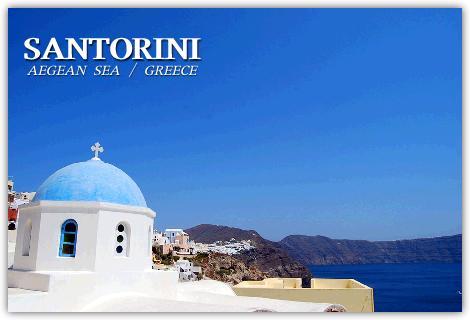 サントリーニ島の教会と青い空