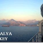 アンタルヤに入港するブルーモナーク号