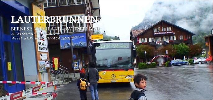 トリュンメルバッハの滝へ向かうバス