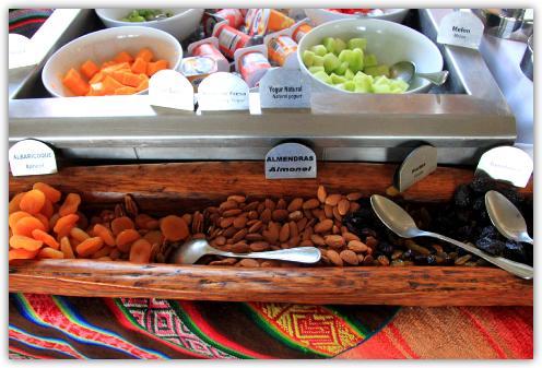 チチカカ湖のホテルの食事