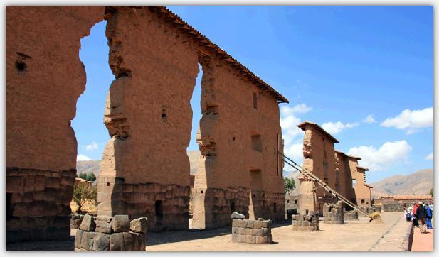 アンデス高原に点在するインカの遺跡