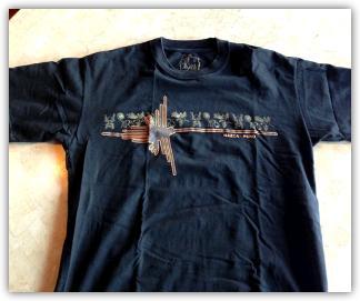 ナスカ空港のおみやげショップで購入した、ペルー綿を使用したTシャツ