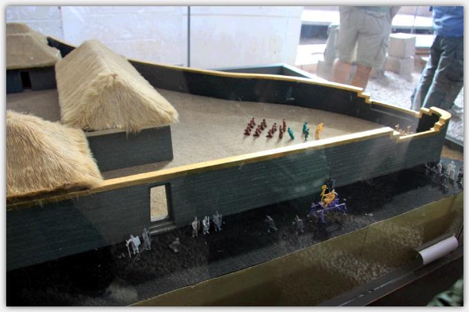 コリンカチャの復元模型
