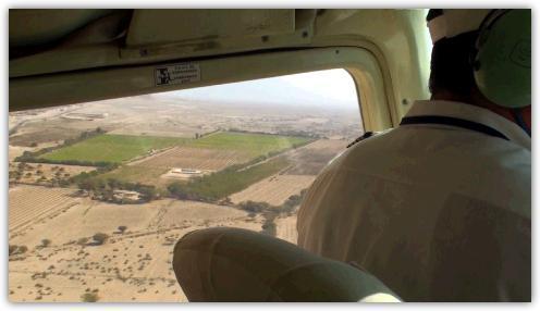 セスナ機から見下ろす景色