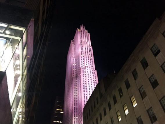 ロックフェラーセンターGEビルの夜景