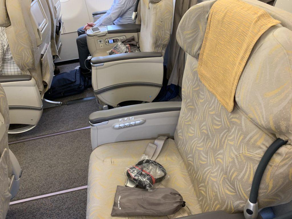 羽田ーインチョンに仕様されているエアバスA321-100のビジネスクラスシート