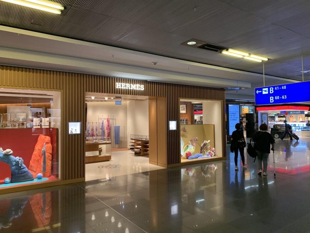 ターミナル1にある高級ブランドショップ