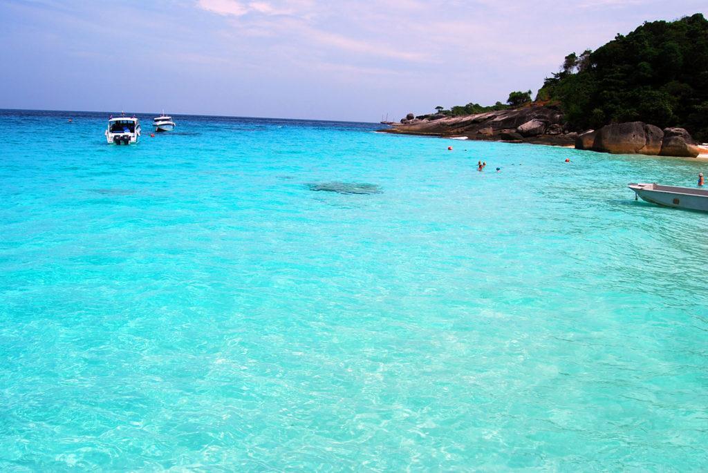 シミラン諸島の海