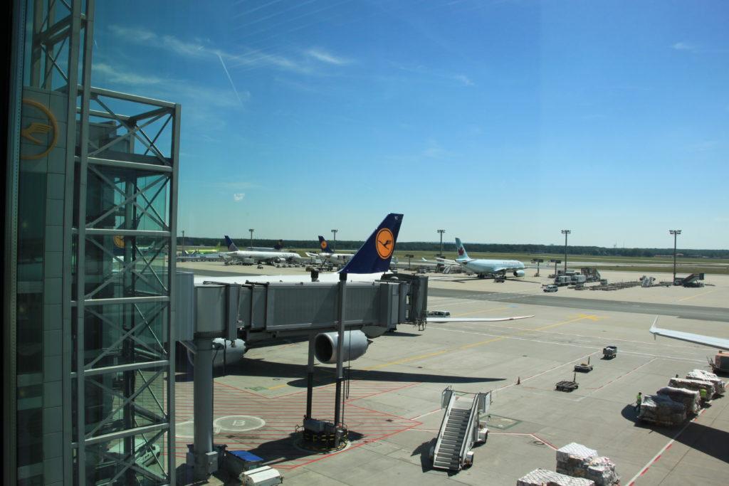ベネチアへ向かうルフトハンザ航空の飛行機