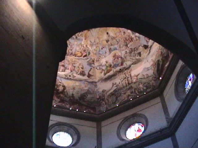 ドゥオーモの天井に描かれたフレスコ画