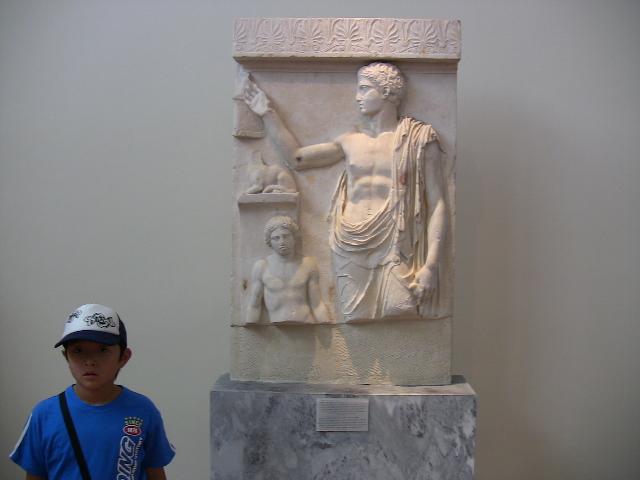 アテネ国立考古学博物館の彫刻
