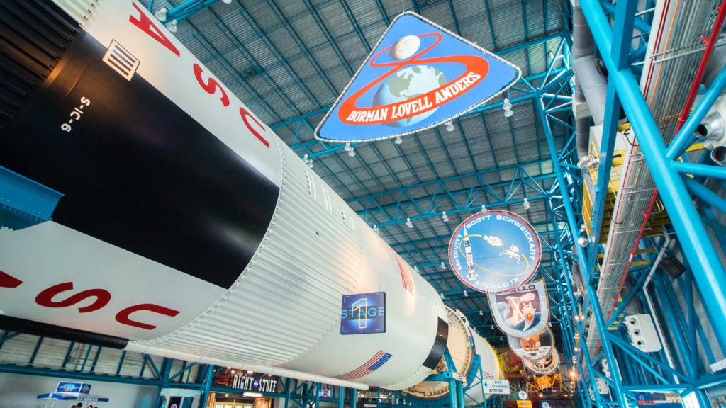 ケネディ宇宙センターに展示されているサターンロケット