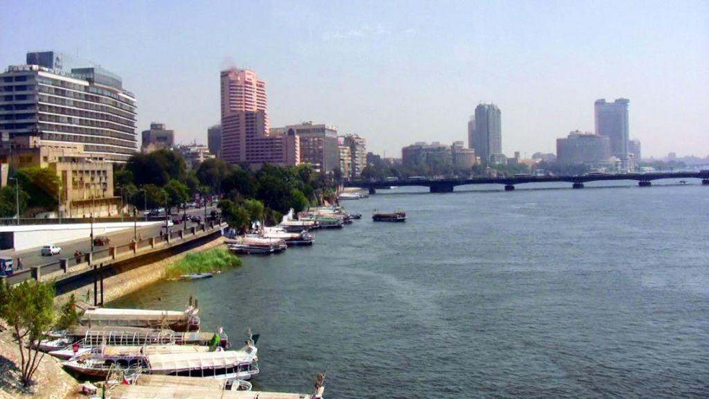 ナイル川とカイロの街並み