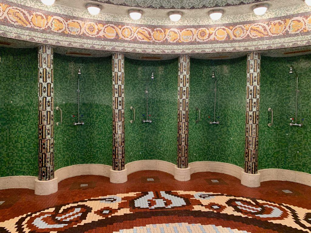 内風呂のシャワー