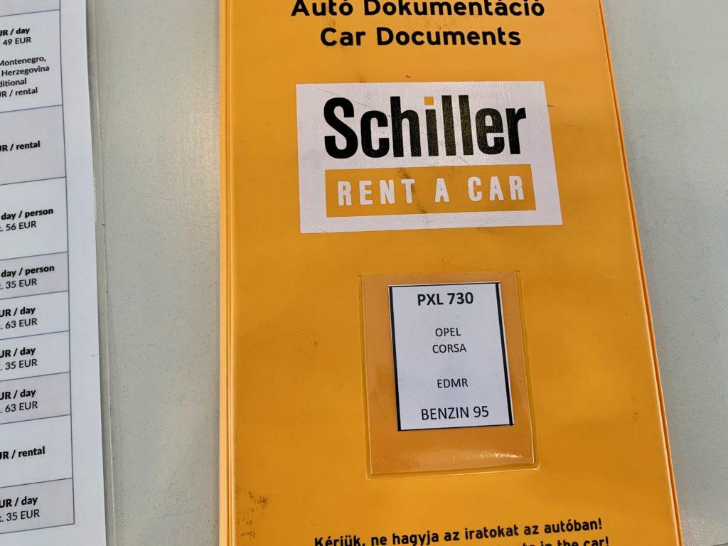 レンタカーの契約書