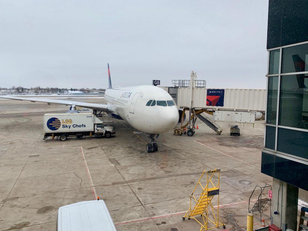 ミネアポリス国際空港とデルタ航機