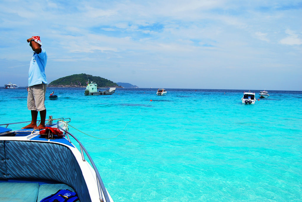 ミアン島の目の覚めるような美しいビーチ