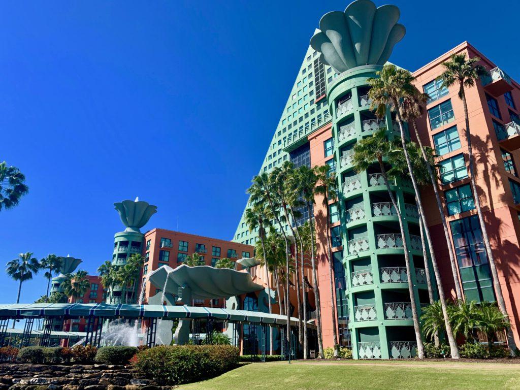 ウォルトディズニードルフィンリゾートホテルの外観