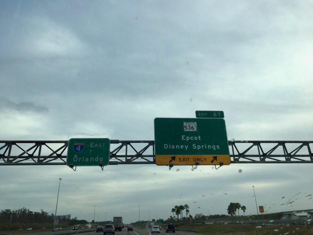4号線の道路標識