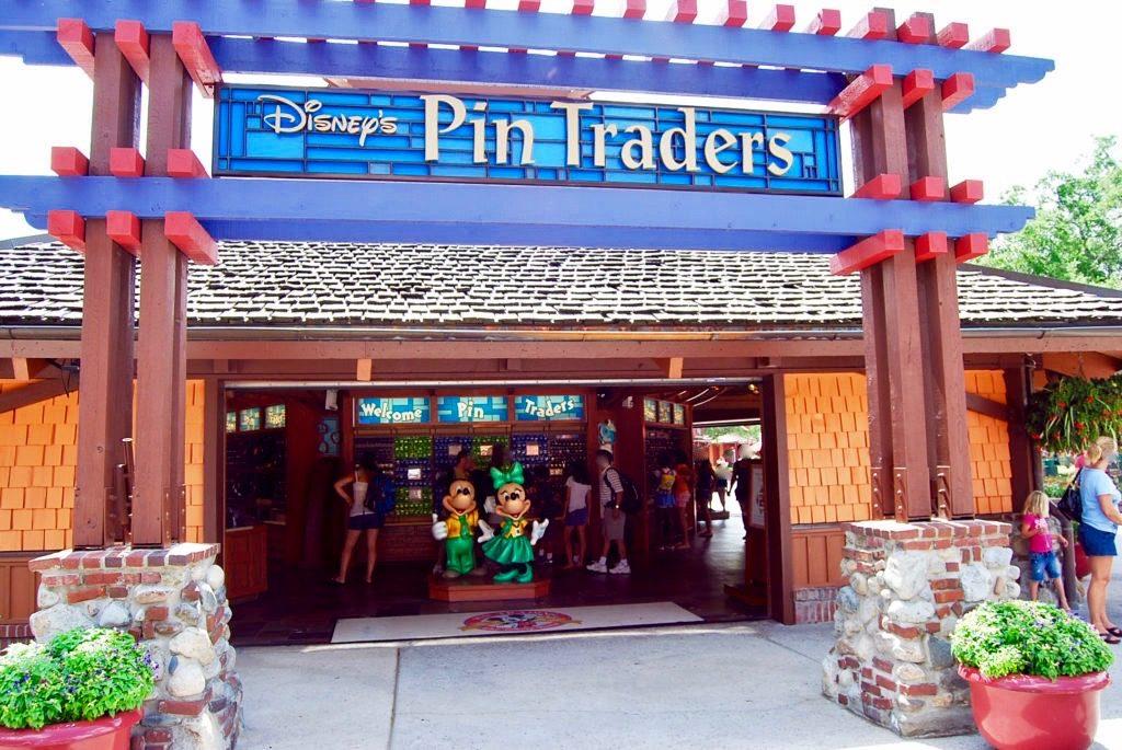 ディズニーピントレーダーズの入り口