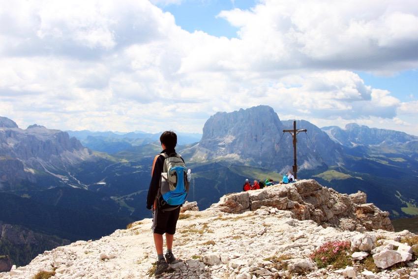 コルデラピエレスの山頂に立つ次男