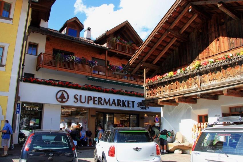 SENONERスーパーマーケット