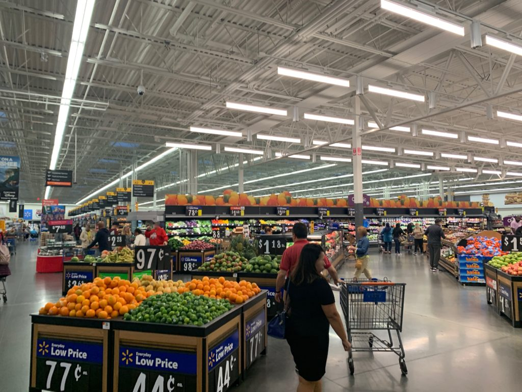 オーランドの巨大スーパー「ウォールマート」