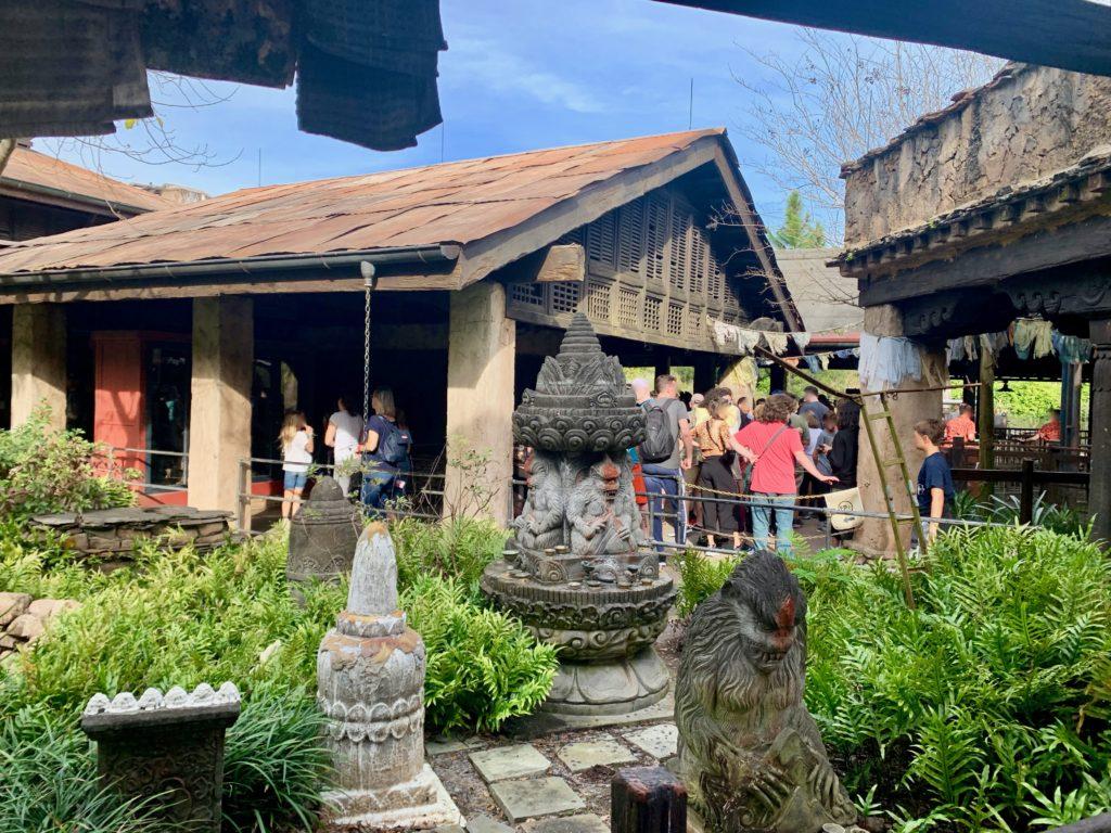 イエティ博物館の中庭