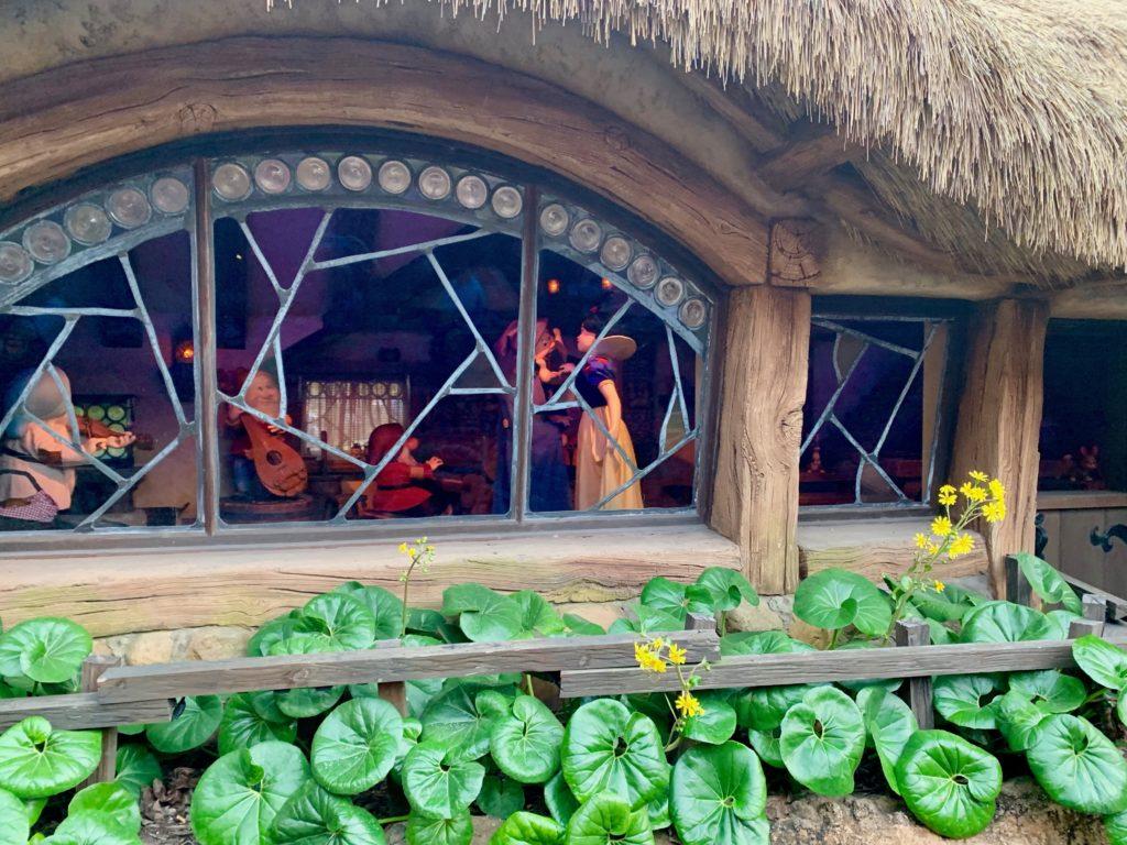 白雪姫と7人のこびとの家