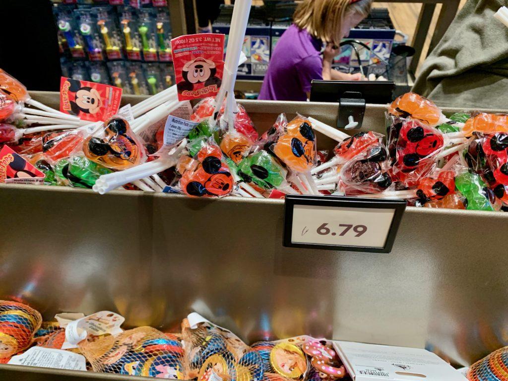 ディズニーキャラクターのバラ売りお菓子
