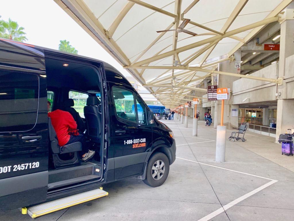 オーランド空港の送迎車