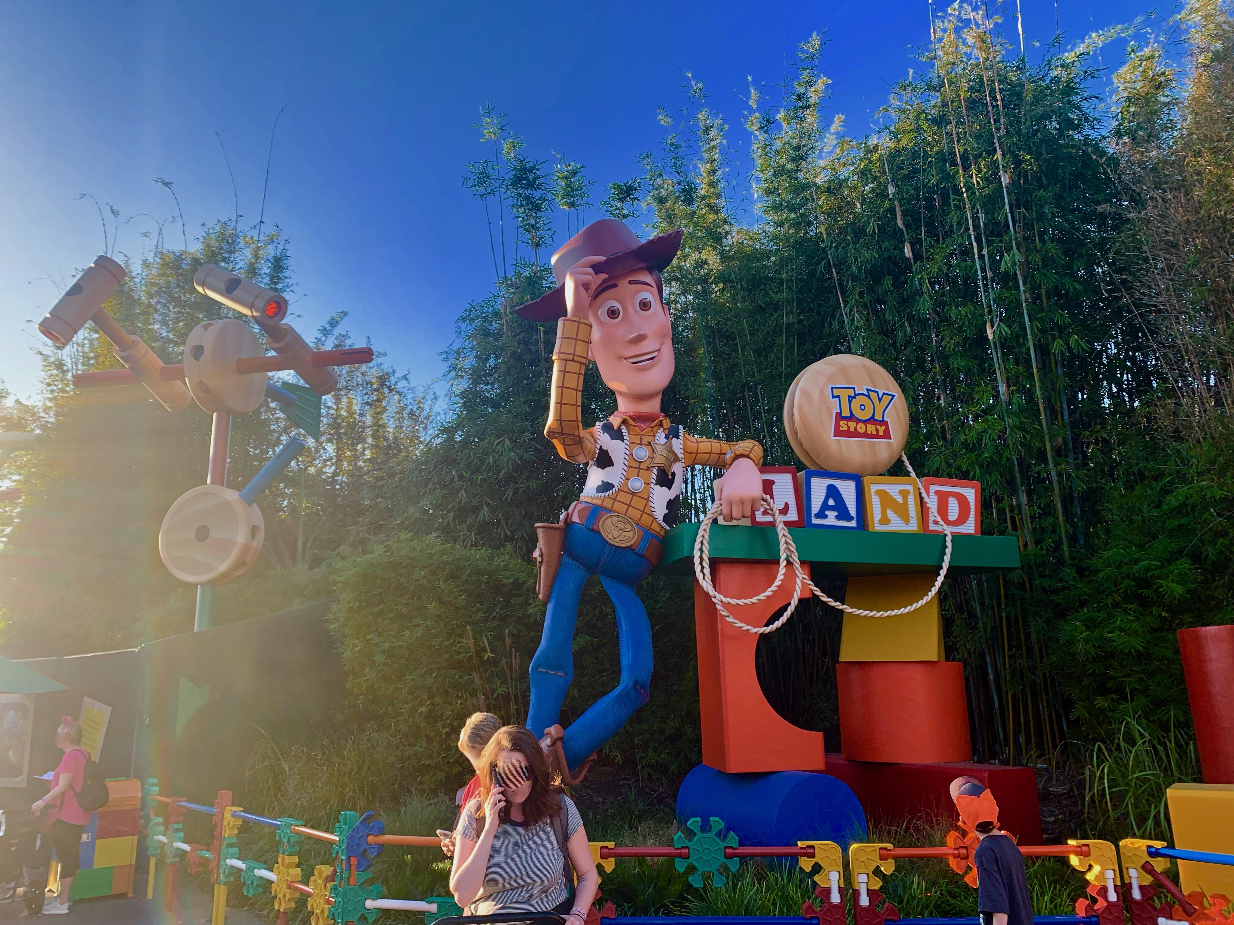 ディズニーハリウッドスタジオの入り口