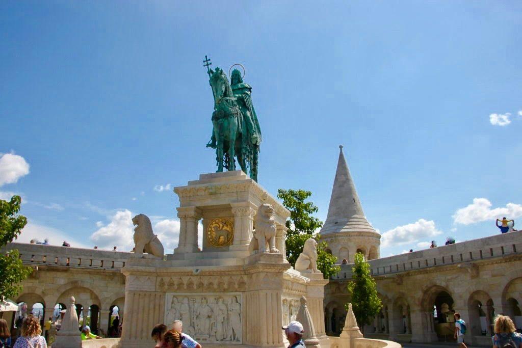 聖イシュトバーンの騎馬像