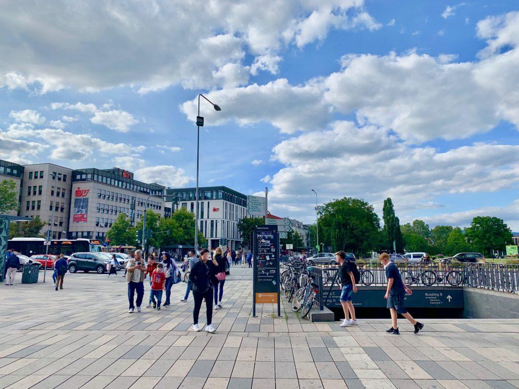 ヴィースバーデン駅前広場