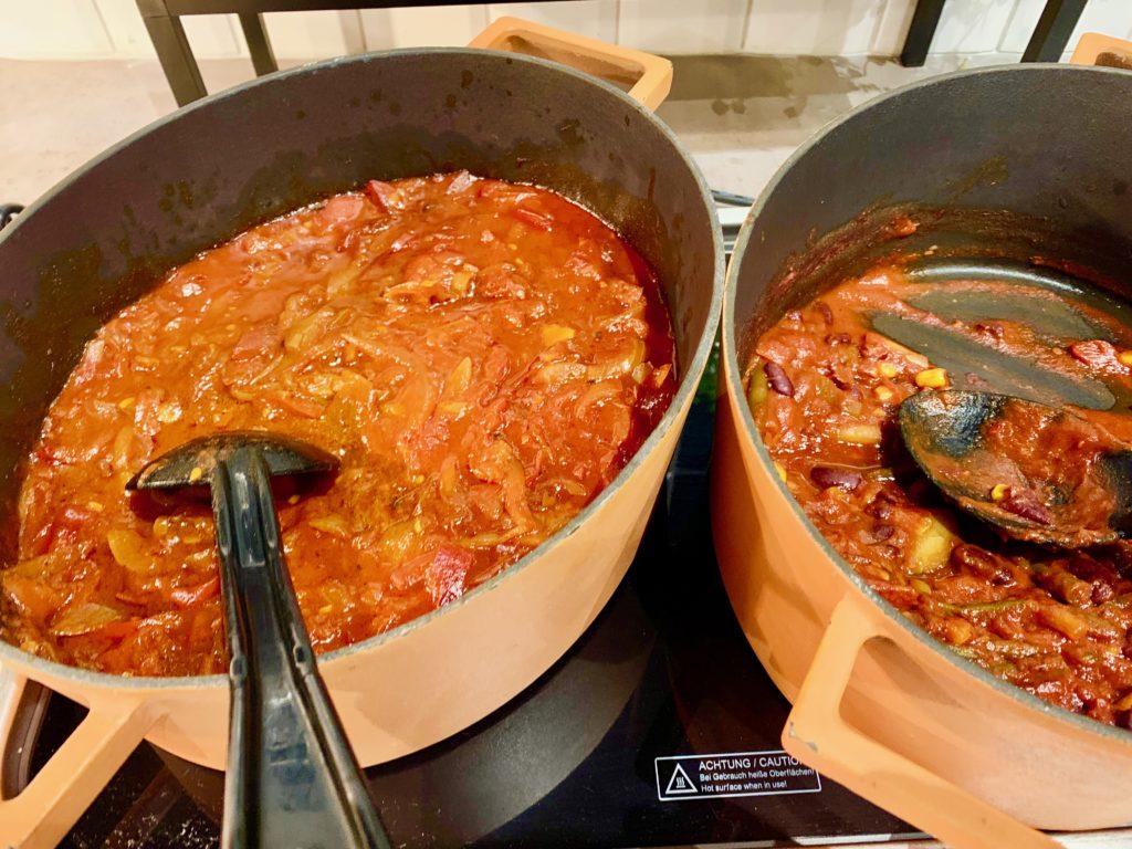 グヤーシュと豆のスープ
