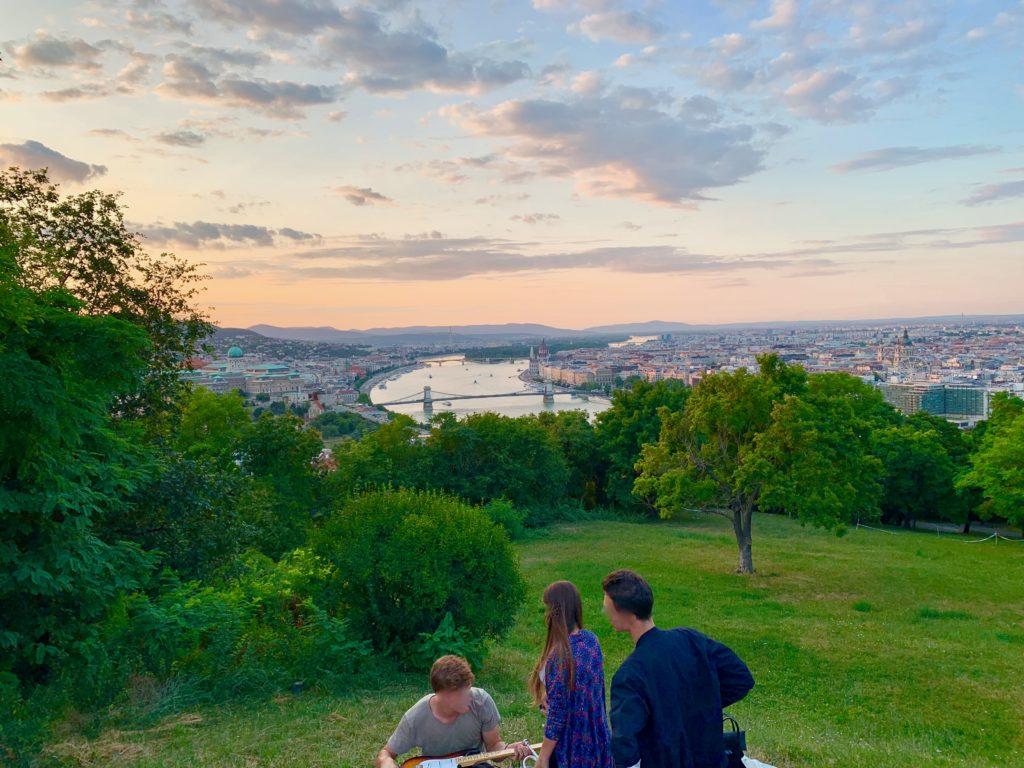 ゲッレールトの丘から見るブダペストの夕焼け