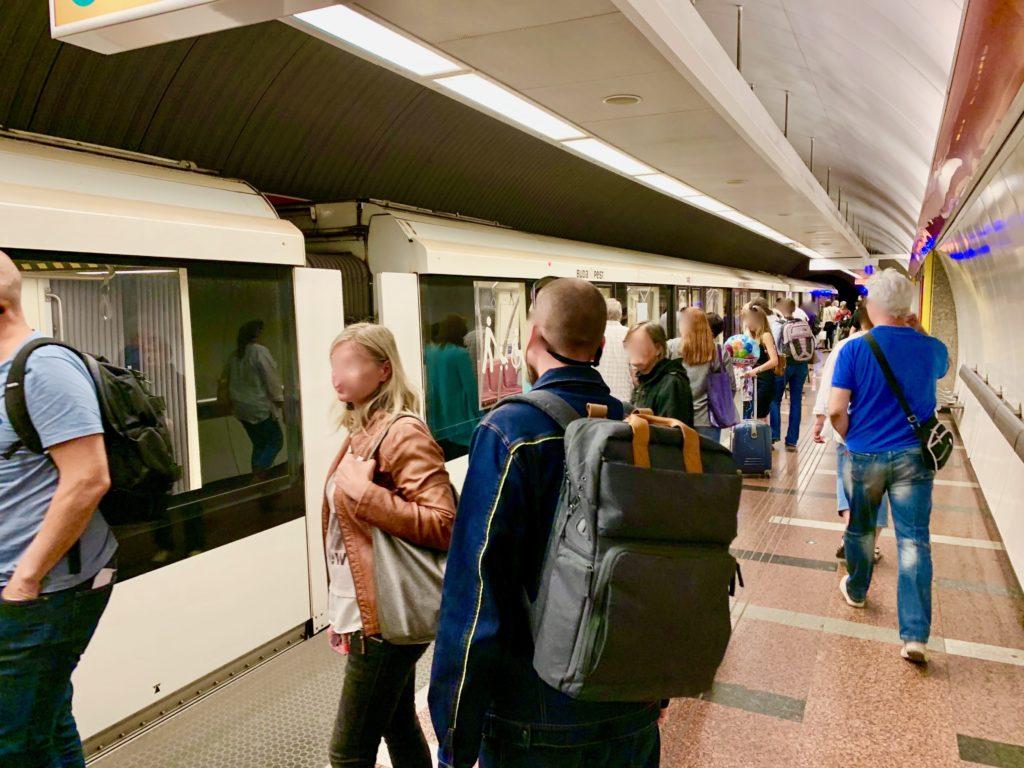 ブダペストの地下鉄のホーム