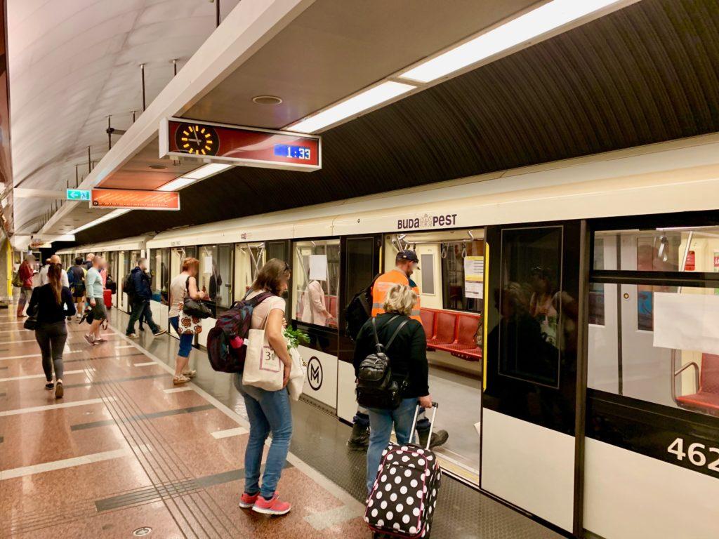 ブダペストの地下鉄2号線