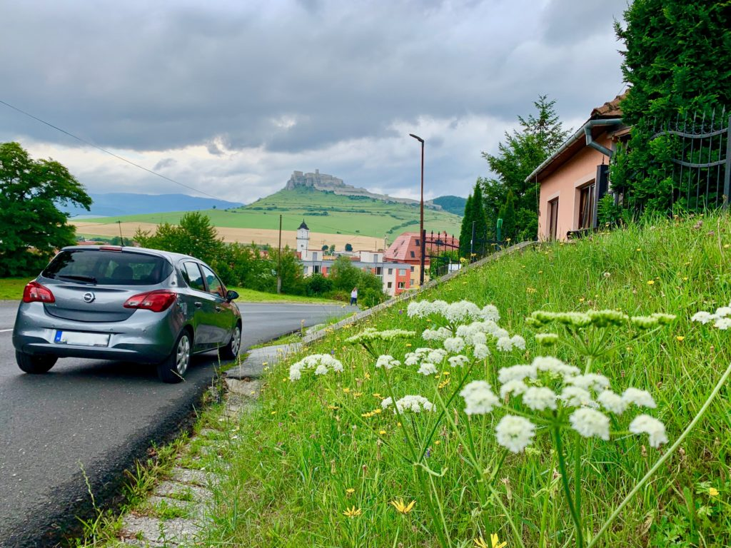 スロバキアでのレンタカードライブ旅行の様子