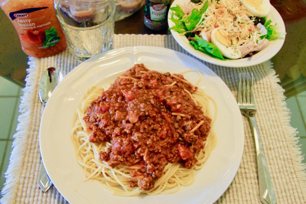 ザ・ポイント・アット・ポイプ ・バイ・ダイヤモンドリゾーツのキッチンで料理したスパゲティランチ