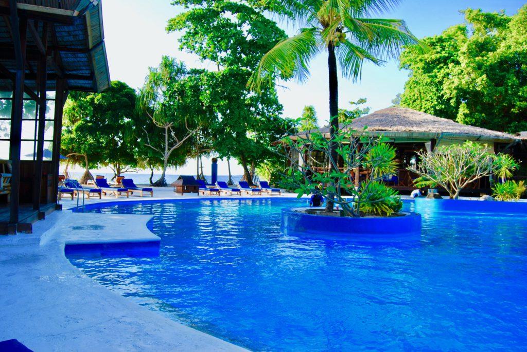 シラデンリゾートホテルのプール