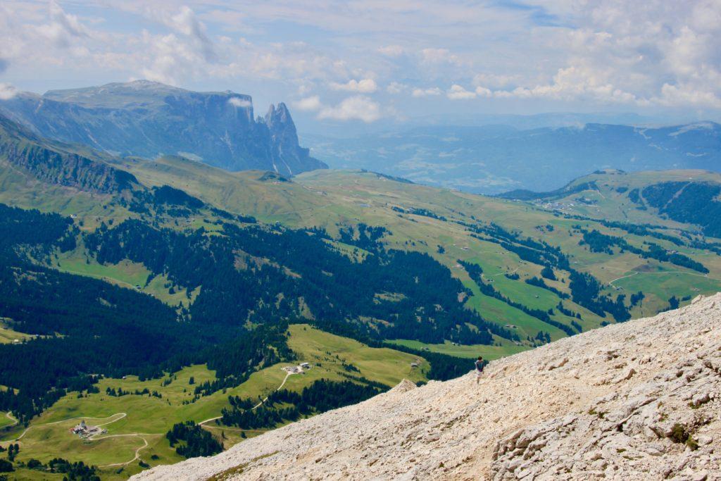 サッソピアットから見るシウジ高原とシリアール山