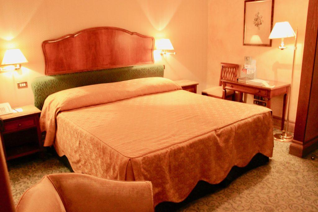 スーペリアルダブルルームのベッド