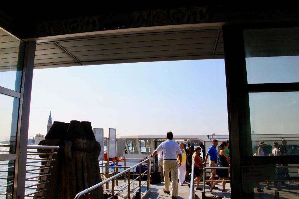サン・マルコ広場の水上バス乗り場