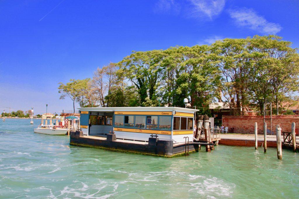 ムラーノ島の水上バス乗り場