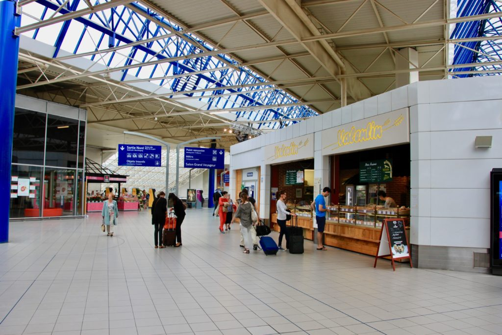 レンヌ駅2階のコンコース