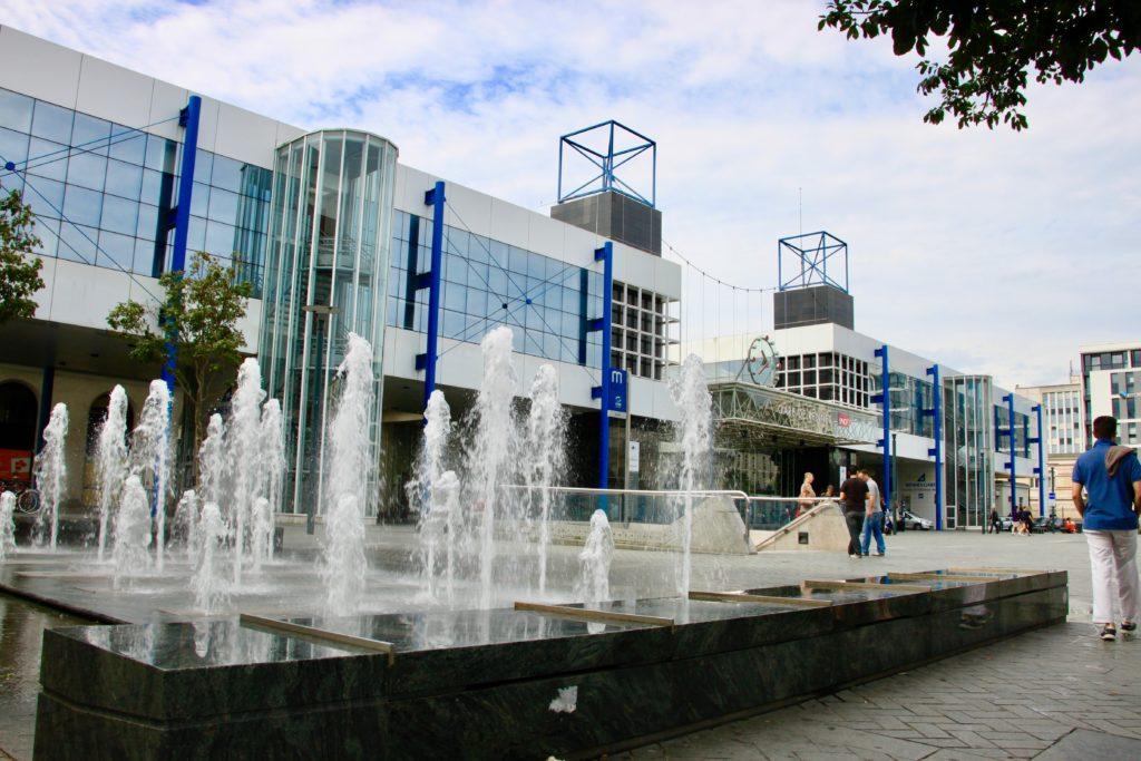 レンヌ駅の北口広場