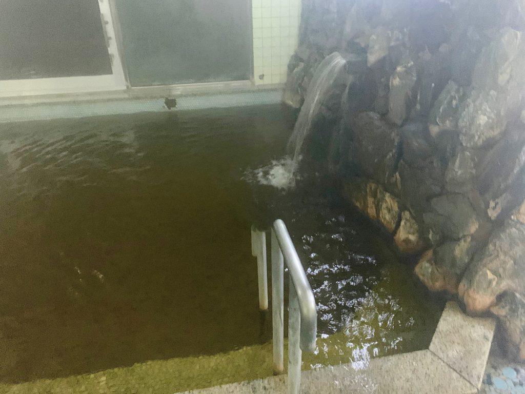 24時間掛け流しの天然温泉